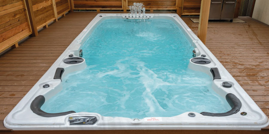 Hot tubs and swim spas – what\'s the difference? | Hydropool ...
